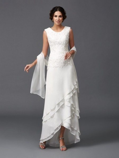 A-Line/Princess Sleeveless Chiffon Lace Scoop Long Mother of the Bride Dresses