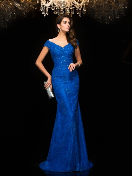 Trumpet/Mermaid V-neck Lace Lace Mother of the Bride Dress