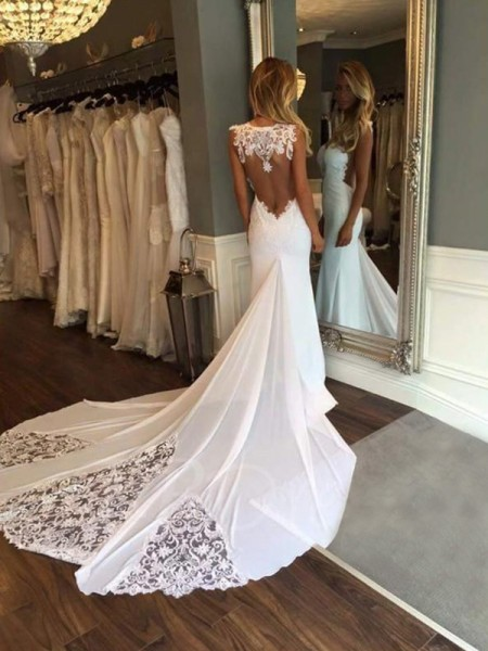 Trumpet/Mermaid Sleeveless Sweetheart Applique Lace Cathedral Train Wedding Dresses