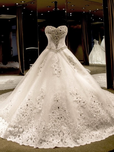 Ball Gown Sleeveless Sweetheart Tulle Applique Sequin Cathedral Train Wedding Dresses
