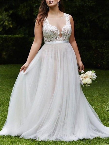 A-line/Princess Sleeveless Scoop Tulle Lace Court Train Wedding Dresses