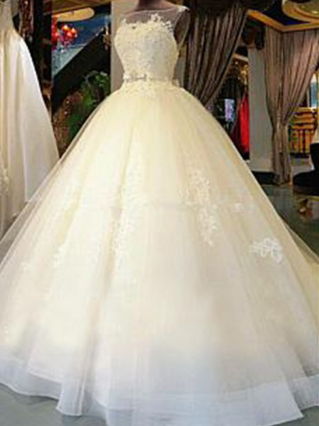 Ball Gown Sleeveless Scoop Tulle Applique Cathedral Train Wedding Dresses
