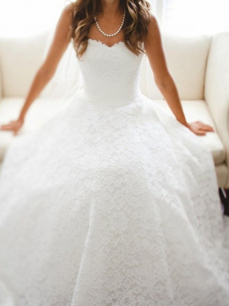 A-line/Princess Sweetheart Sleeveless Lace Cathedral Train Wedding Dresses