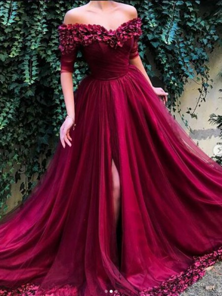 A-line/Princess Off-the-Shoulder 1/2 Sleeves Tulle Sweep/Brush Train Dresses