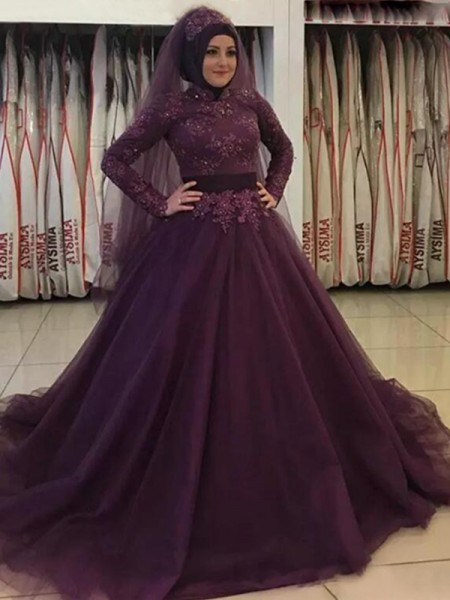 Ball Gown High Neck Long Sleeves Applique Tulle Sweep/Brush Train Muslim Dresses