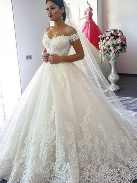 Ball Gown Sleeveless Off-the-Shoulder Tulle Lace Sweep/Brush Train Wedding Dresses