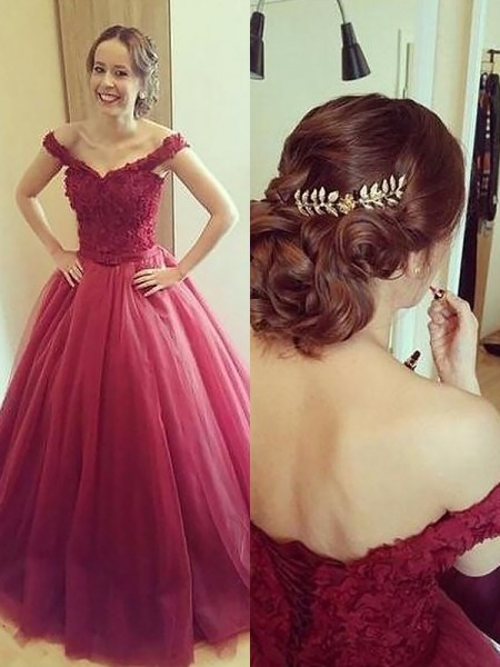 Ball Gown Applique Off-the-Shoulder Sleeveless Tulle Court Train Dresses