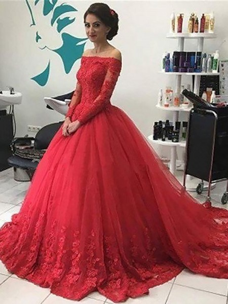 Ball Gown Long Sleeves Off-the-Shoulder Tulle Lace Court Train Dresses