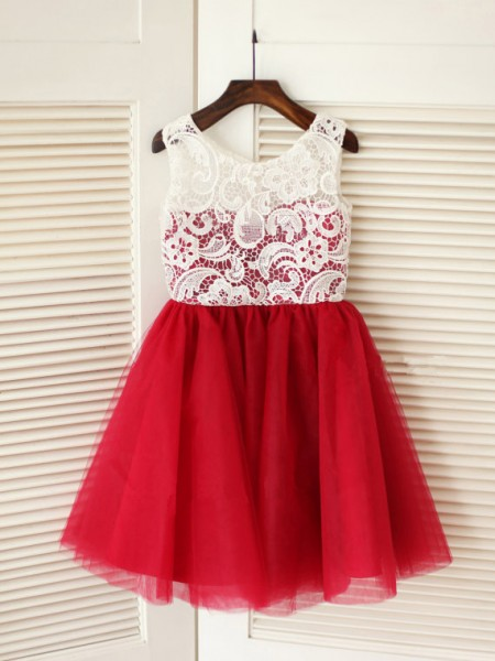 A-line/Princess Lace Tulle Scoop Sleeveless Knee-Length Dresses